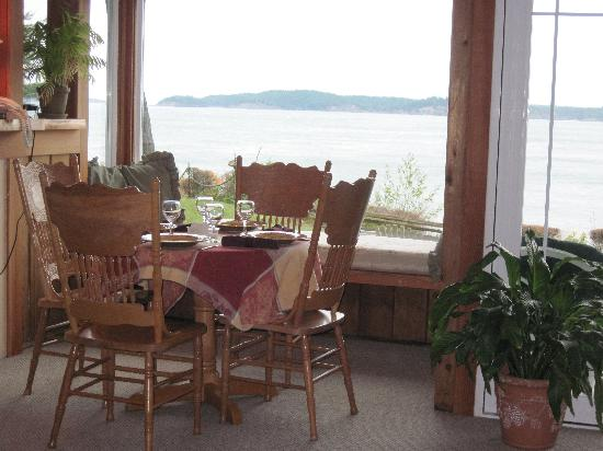 Cabins on the Point: one of two tables with water view