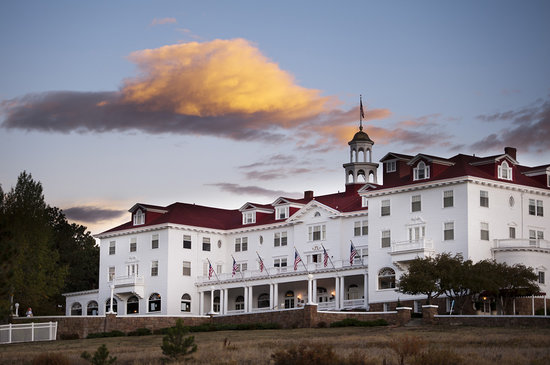 Stanley Hotel: Exterior