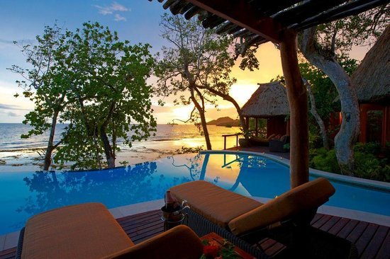 Namale the Fiji Islands Resort &amp; Spa: Champagne with the Sunset