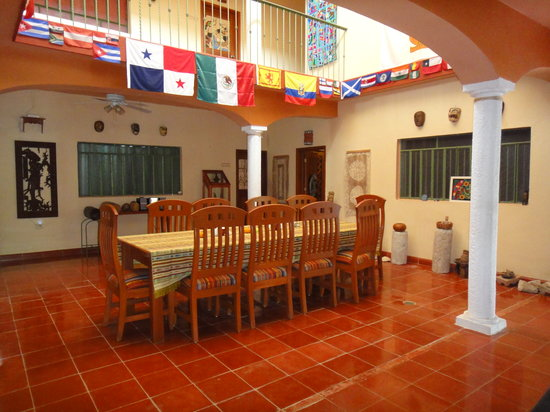 Casa Hamaca Guesthouse: The dining room