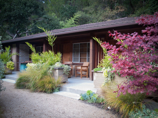 Glen Oaks Big Sur: Exterior of our room