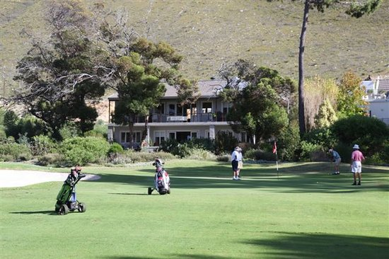 ‪Hermanus Lodge on the Green‬