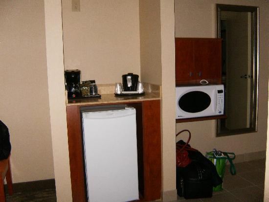 Holiday Inn Express Hotel & Suites Edmonton South: coffee, fridge and microwave