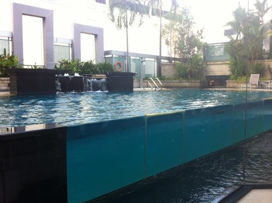nice fish tank swimming pool - Picture of Peninsula Excelsior Hotel ...