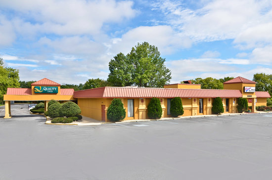 Quality Inn Pottstown: The Quality Inn® hotel is ideally located with easy access to the Pennsylvania Turnpike and Rout