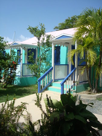 Nanny Cay Marina &amp; Hotel: Deluxe Studio with kitchen