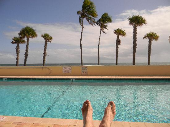 TIDE VACATION APARTMENTS--RELAXING BY THE HEATED POOL