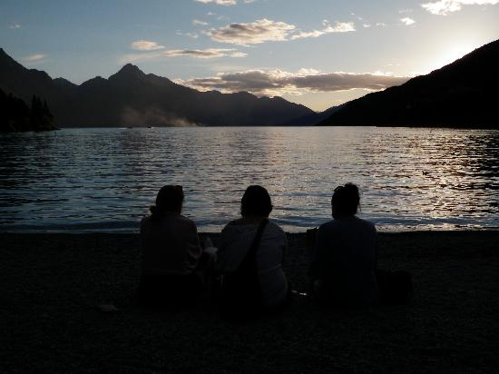 5 Star Lane: Lake view in Queenstown