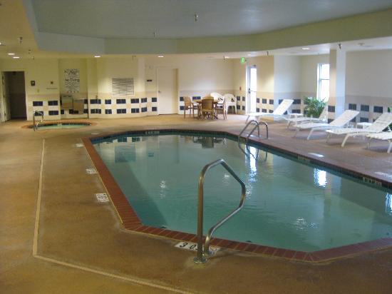 Comfort Suites Hot Springs: Poll area