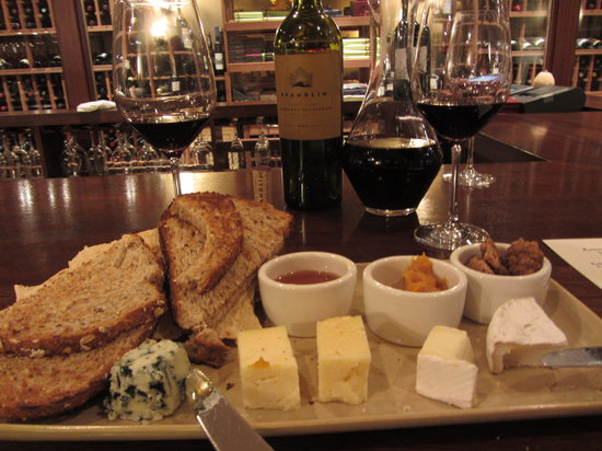 The Ritz Carlton Half Moon Bay: Chacuterie in the wine bar