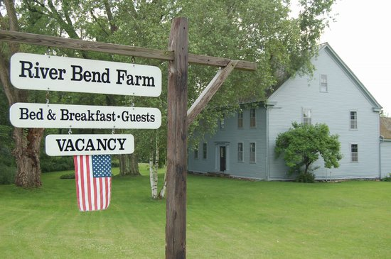 ‪River Bend Farm‬