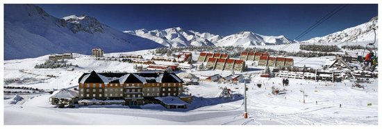 Virgo Hotel and Spa - Las Lenas: view from slopes