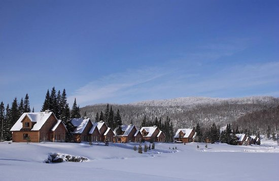 ‪‪Chalets Royal Laurentien‬: Chalet Royal Laurentien en Hiver‬