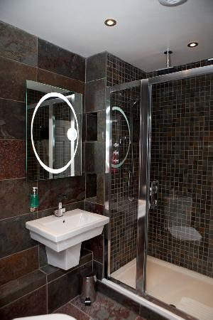 BEST WESTERN PLUS Centurion Hotel: Bathroom