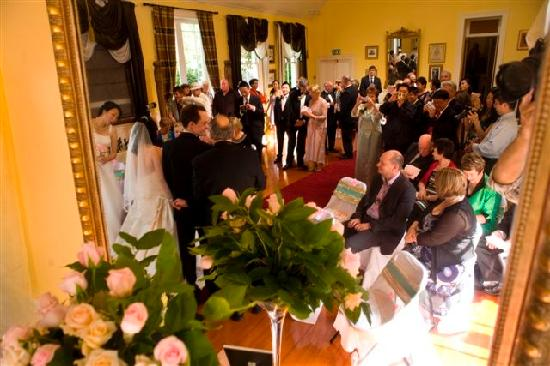 Cotter House Luxury Retreat: Wedding in Ballroom