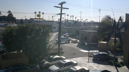 Culver City Travelodge: view from room 317