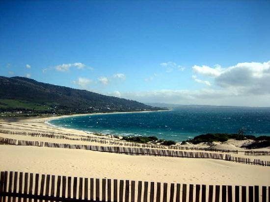 Spanien: Great kiteboarding beach near Tarifa