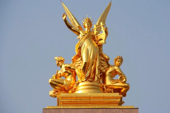 Statue On The Rooftop Picture Of Palais Garnier Opera