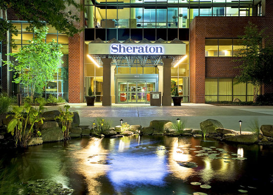 Sheraton Baltimore North Hotel: Entrance