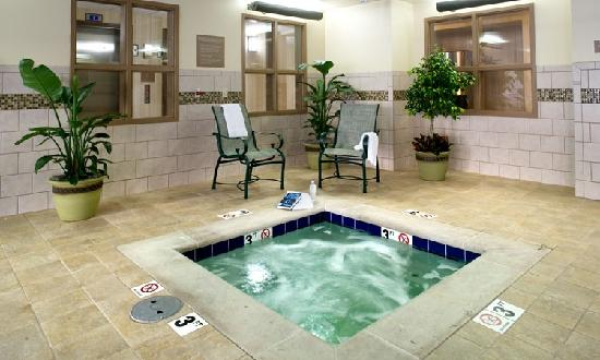 Country Inn & Suites Knoxville at Cedar Bluff: Relax in our Hot Tub