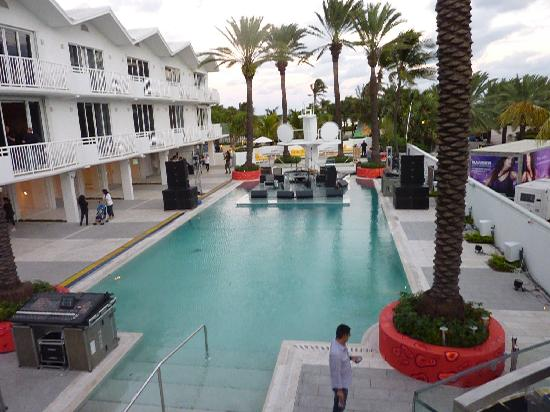 Shelborne South Beach, Wyndham Affiliate: New Pool