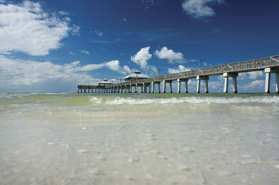 ‪‪Fort Myers‬, فلوريدا: Fort Myers Beach Pier‬