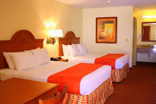 BEST WESTERN Ocean Villa: Standard - Two Queen Beds