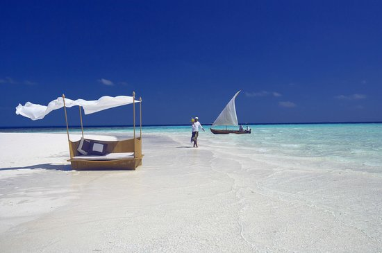 Baros Maldives: On the Sandbank
