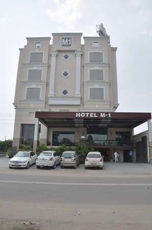 Hotel M1