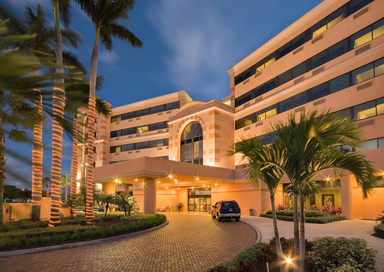 ‪DoubleTree by Hilton Hotel West Palm Beach Airport‬