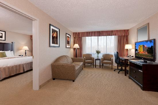 BEST WESTERN Plus Rockville Hotel & Suites: Executive Two Room Suite