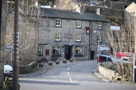 The White Horse Inn: outside the white horse pub