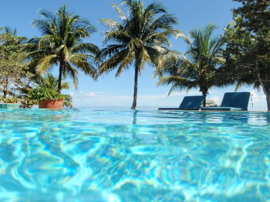 Hopkins, Belize: pool