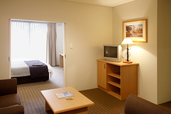 ‪All Suites Perth‬