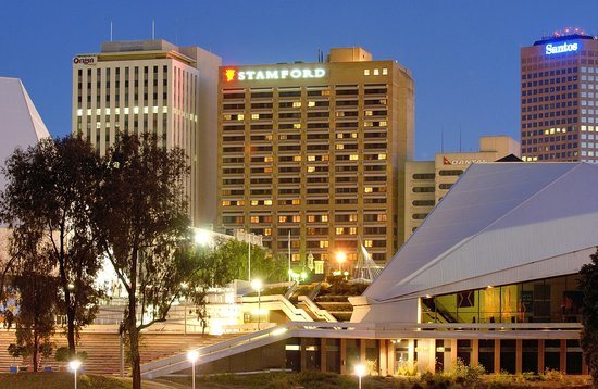 Stamford plaza adelaide see 986 hotel reviews and 187 for Pool show adelaide