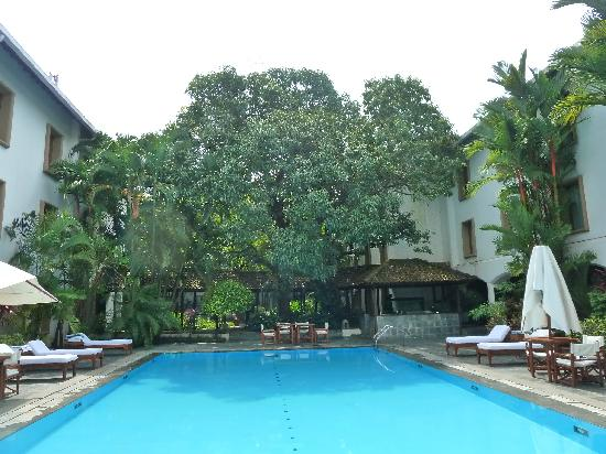 Swimming Pool Picture Of Trident Cochin Kochi Cochin Tripadvisor