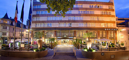 facade h tel picture of sofitel strasbourg grande ile strasbourg tripadvisor. Black Bedroom Furniture Sets. Home Design Ideas