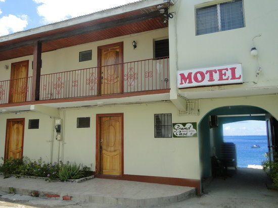 Grand Case Beach Motel