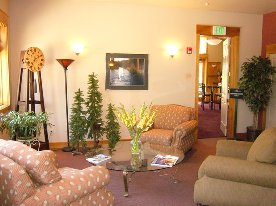 Crown Villa RV Resort: Lounge
