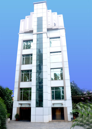 Lakme Executive The Business Hotel