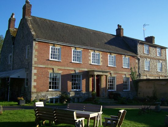 Rollestone Manor