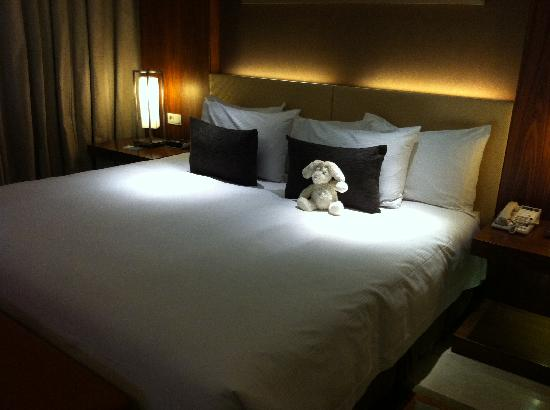 Hilton Bandung: Comfortable bed