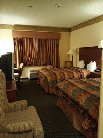 Country Inn &amp; Suites