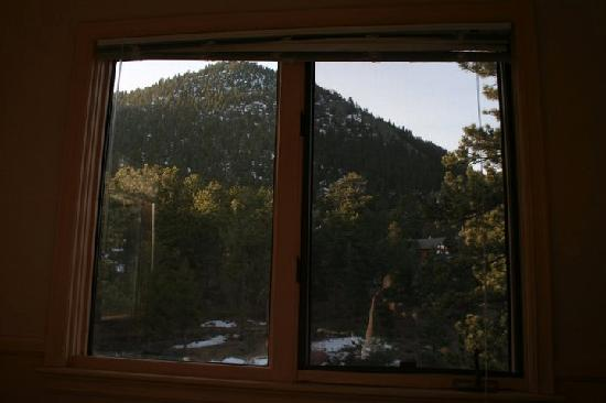 Historic Crags at the Golden Eagle Resort: view from the bed outward