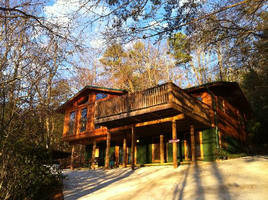 Sevierville tourism 106 things to do in sevierville tn for Timber tops cabins gatlinburg