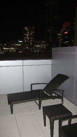Ritz-Carlton Toronto: Patio on 6th floor