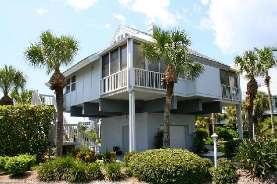 Boca Grande, FL: Village Home