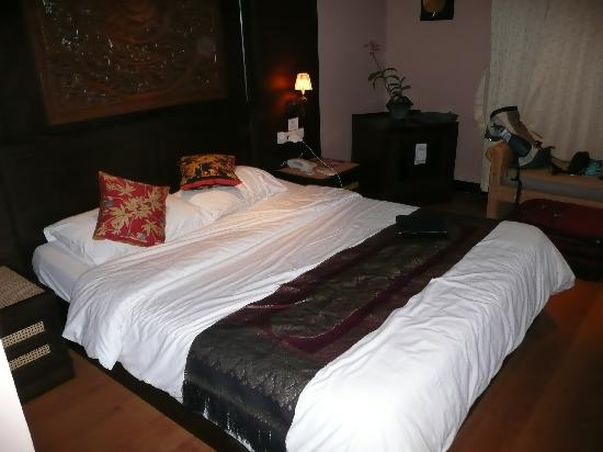 Baan Sukhumvit Inn Soi 18: The Room
