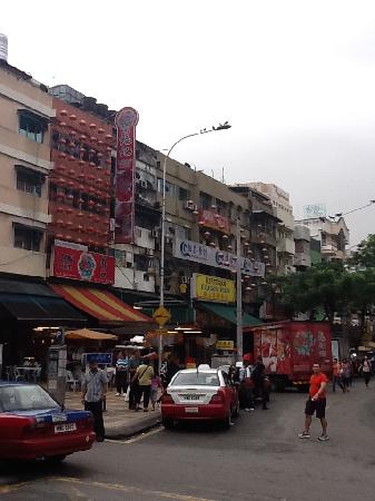 โรงแรมอิมพีเรียล: 'Jalan Alor' the famous hawker food street in-front of hotel