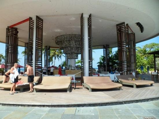 Club Med Bali: Main Bar Area